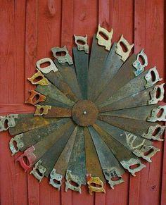 Zaag upcycled saws art