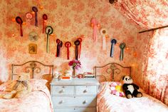 Amanda Brooks, Christopher Brooks, Coco Brooks and Zach Brooks at home in Oxfordshire, England « the selby