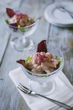 Cocktail di gamberetti: Il #cocktail di #gamberetti è l' #antipasto classico delle occasioni, servito in eleganti e capienti coppe. Ora puoi farlo tu in casa, buono più che mai!