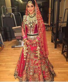 nice Z❤ . Indian Bridal Lehenga, Indian Bridal Fashion, Indian Bridal Wear, Indian Wear, Asian Fashion, India Fashion, Pakistani Dresses, Indian Dresses, Indian Outfits