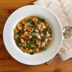 Prepare a flavorful, low-calorie soup in your slow cooker for an easy meal on a busy weeknight. Throw the ingredients into your slow cooker and come home to a dinner that's ready to go.