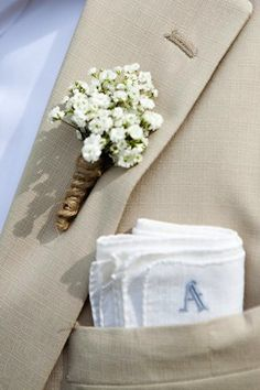 Okay, I hate the boutonniere here, but I think the actual handkerchief as a pocket square is really cute!