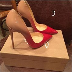 Amazing with this fashion pumps! get it for 2016 Fashion Christian Louboutin Pumps for you! Dream Shoes, Crazy Shoes, Me Too Shoes, Zapatos Shoes, Shoes Heels, Red Heels, Shoes Sneakers, Patent Shoes, Converse Shoes