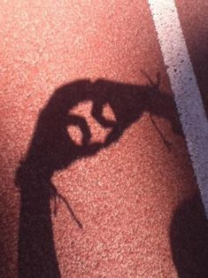 Tennis ball shadow