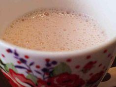 苺の甘酒ヨーグルトドリンク      材料  苺 2粒 豆乳(牛乳でも可) 100g プレーンヨーグルト50g 甘酒(麹) 50g 苺ジャム 15g