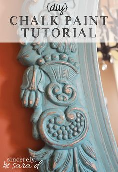 DIY chalk paint tutorial - an awesome mirror makeover using chalk paint. I love this idea and I love using chalk paint for crafts Chalk Paint Mirror, Using Chalk Paint, Chalk Paint Projects, Mirror Painting, Chalk Paint Furniture, Diy Painting, Annie Sloan Chalk Paint, Diy Projects, Painted Mirrors