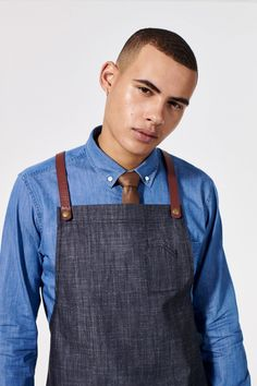 Dressed up double-denim🙌💙 Our Bailey Denim Shirt is a perfect style for a point of difference in your uniform, offering relaxed formality with its medium-wash denim texture & button down collar. Bailey pairs perfectly against our Henry Apron in Charcoal with its denim-look texture creating a thoroughly modern double-denim look! Smart Casual, Casual Looks, Double Denim Looks, Restaurant Uniforms, Button Down Collar, Mix N Match, Denim Shirt, Black Denim, Apron