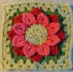 """Ravelry: Project Gallery for 12"""" Sunflower Afghan block pattern by Abigail Bailey"""