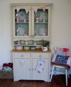 Shabby Chic Hand Painted Pine Country Farmhouse Kitchen Dresser Display Cupboard