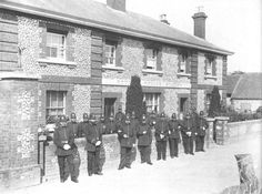 Such was the importance of Steyning as a market town that the 1857 disposition of the Force shows Steyning as being Divisional Headquarters with its own Superintendent.