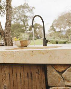 Concrete outdoor kitchen countertop in Sonoma CA - Buddy Rhodes Studio