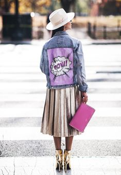 "Denim jacket ""POW VIOLET"" of gently blue color. Hand painted with shining and pearl dyes in Pop Art style, decorated with detachable ostrich feathers high quality of violet colour and rhinestones. #jackets #popart #popartjackets #handpainted denimjackets #fashion #streetstyle #moscow #москва #lisboa #madrid #miami #oregon #курткапопарт #streetstyle #dubai #london #california #malibu #tokyo #kyoto #nyc #рисунокнакуртке"