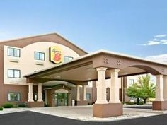 South Bend (IN) Super 8 South Bend United States, North America Super 8 South Bend is a popular choice amongst travelers in South Bend (IN), whether exploring or just passing through. The property features a wide range of facilities to make your stay a pleasant experience. 24-hour front desk, facilities for disabled guests, family room, laundry service, elevator are there for guest's enjoyment. Designed for comfort, selected guestrooms offer air conditioning, heating, wake-up ...