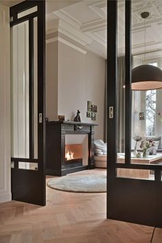 French Home Interior internal doors.French Home Interior internal doors Living Room Decor, Living Spaces, Living Rooms, Interior Barn Doors, Exterior Doors, Rustic Exterior, Interior Sliding Glass Doors, Interior Pocket Doors, Sliding Door Design
