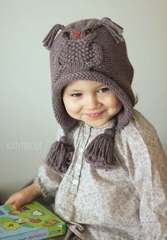With this pattern by Katy Tricot you will lear how to knit a Owl Hat Knitting Pattern (Sizes: Toddler through Adult) step by step. It is an easy tutorial about hat to knit with crochet or tricot. Knitting For Kids, Baby Knitting Patterns, Knitting Projects, Crochet Patterns, Lidia Crochet Tricot, Knit Crochet, Crochet Hats, Beanie Babies, Baby Hats