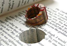 Joyas hechas a partir de libros antiguos | Manualidades y Artesanía