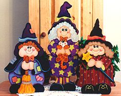 Patterns for all seasons and reasons to decorate your home, make as gifts or to sell at craft fairs. Halloween Yard Art, Halloween Wood Crafts, Halloween Clipart, Halloween Painting, Halloween Patterns, Halloween Items, Halloween Signs, Halloween Season, Holidays Halloween