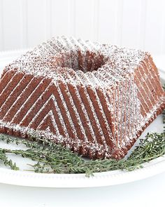 Brown Sugar Pound Cake - http://www.sweetpaulmag.com/food/brown-sugar-pound-cake #sweetpaul