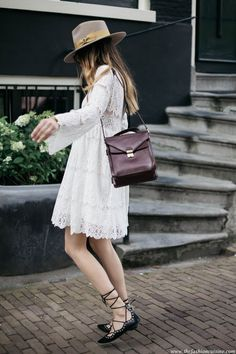 How to wear white romantic summer dress with lace up flats