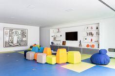 https://www.yatzer.com/toy-house-mm01-psarquitetos/slideshow/1