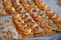 Herzhafte Petits Fours - Angelika Fuchs Sandwich Buffet, Tapas, Takeaway Packaging, Mini Burgers, Ramadan Recipes, Savoury Baking, Holiday Appetizers, Football Food, Food Print