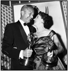 "Jane Wyatt and Robert Young – Emmy winners for ""Father Knows Best"" (1958)"