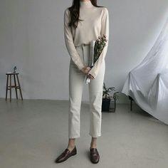 Korean Fashion – How to Dress up Korean Style – Designer Fashion Tips Korean Fashion Summer, Korean Fashion Trends, Korean Street Fashion, Korea Fashion, Asian Fashion, Korean Women, Korean Outfits, Minimal Fashion, Fashion Looks