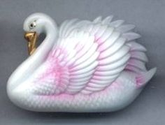 Swan ARITA pink and white realistic double shank 1-1/8 x 1-5/8 NBS large