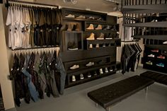 интерьер магазина одежды: 15 тыс изображений найдено в Яндекс.Картинках