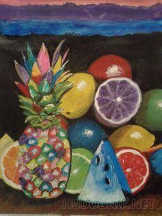 Смешные фрукты ананас цветной и фрукты
