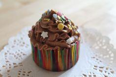 Happy Nutella cupcakes   http://pastissetcake.blogspot.com.es/2012/09/granola-cookies-complet-breakfast.html
