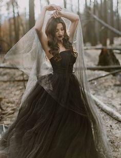black veil bride in black wedding dress #blackweddingdress