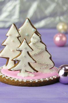 Pretty gingerbread tree centerpiece - by Haniela's