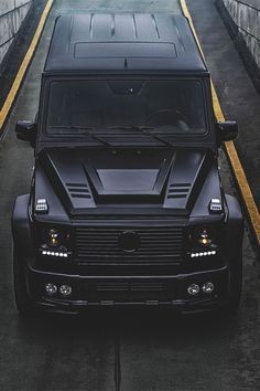 Mercedes-Benz G class - Murdered out like a mo-fo fools. Perfection