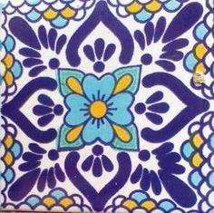Talavera Artesanía Azulejo Quilt Patterns Free, Tile Patterns, Tile Art, Mosaic Art, Painted Rocks, Hand Painted, Diy Projects Plans, Tuile, Blue Pottery