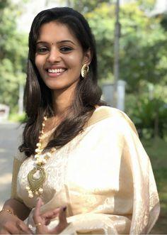 Beautiful Girl Indian, Beautiful Women, Amala Paul Hot, Set Saree, Cute Girl Face, Glamour Beauty, Exotic Women, Indian Beauty Saree, Real Beauty