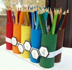 Porte crayons en carton  rouleaux de papiers toilettes...