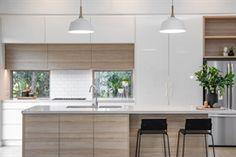 Caesarstone Quartz and Concetto Gallery Modern Kitchen Design, Interior Design Kitchen, Diy Bathroom Decor, New Home Designs, New Kitchen, Kitchen Remodel, House Design, Design Ideas, Ceasar Stone