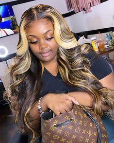 Baddie Hairstyles, Weave Hairstyles, Pretty Hairstyles, Black Hairstyles, Curly Hair Styles, Natural Hair Styles, Honey Blonde Hair, Birthday Hair, Hair Laid