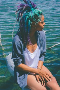 I love her multicolored dreads! The colors are gorgeous.
