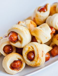 pigs in a blank recipe, teriyaki pigs in a blanket, appetizer recipe, easy appetizer Best Appetizer Recipes, Quick And Easy Appetizers, Cold Appetizers, Dinner Recipes, Tatyana's Everyday Food, Unique Desserts, Pigs In A Blanket, Tasty Dishes, Healthy Snacks