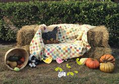 TwoChickadeesHayCouch Fall Festival Photo Booth Hay Couch