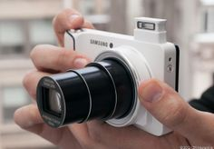 Samsung Galaxy Camera Review, 4.8 inch super AMOLED screen with full Android 4.1 Jelly bean for all your Instagram, Facebook and Pinterest needs.
