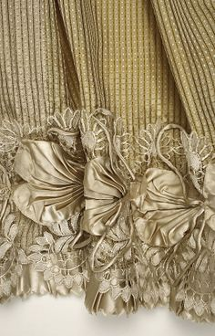1814 French silk. Detail of hem on afternoon dress