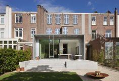 Bekijk hier de renovatie met aanbouw van dit herenhuis in Breda.