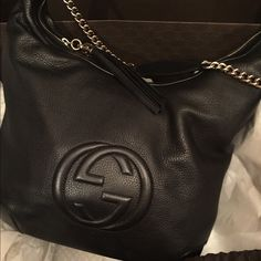Gucci Brand new with tags cards Gucci hobo handbag , leather silver chain shoulder bag, stunning Gucci Bags Hobos
