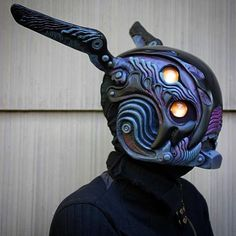Check out the awesome fabrications of So great to see a more graphic style of traditional sculpting. Elmo, Character Inspiration, Character Design, Cool Masks, Awesome Masks, Airsoft Helmet, Black Hood, Masks Art, Gold Eyes
