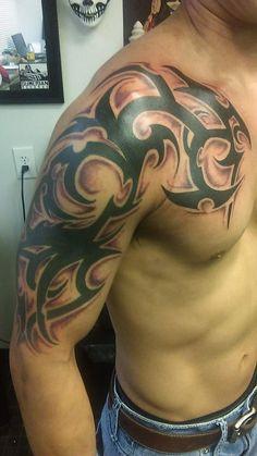 Tribal Lion Tattoo, Half Sleeve Tribal Tattoos, Tribal Shoulder Tattoos, Tribal Tattoos For Men, Dragon Sleeve Tattoos, Tribal Tattoo Pictures, Picture Tattoos, Maori Tattoo Designs, Tattoo Sleeve Designs