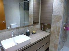 baño mueble empotrado. http://www.renovainteriors.com/blog/reforma-de-cocina-y-bano-de-sl/