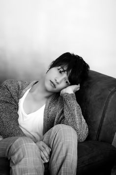 Song Joong Ki Why u so sexy even when u look sad? Park Jung Min, Park Hae Jin, Park Seo Joon, Song Joong Ki, Song Hye Kyo, Korean Star, Korean Men, Ji Chang Wook, Korean Celebrities